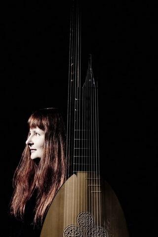 Christina Pluhar. Foto © Marco Borggreve