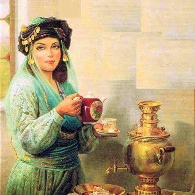 Cadână servind cafea
