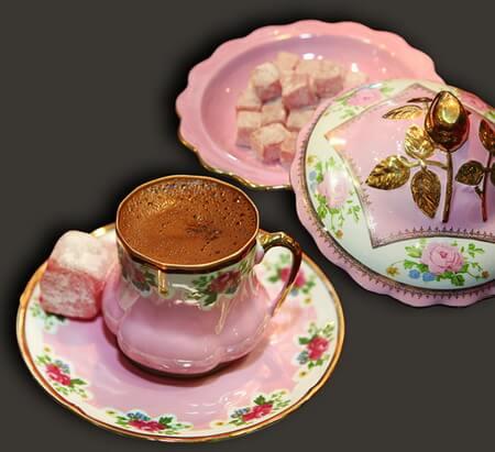 Cafea și rahat (Kahve ve lokum)