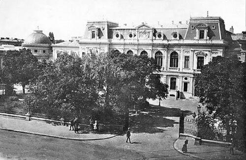 Palatul Regal în 1930
