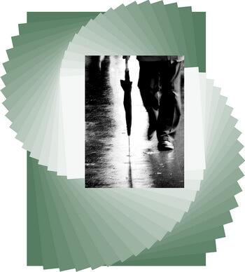 burghez-om-cu-umbrela-toamna-aforism-grigore-mosil