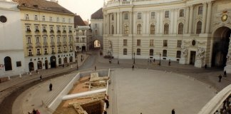 MICHAELERPLATZ viena