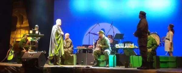 """""""Švejk în concert"""", Teatrul Național din Cluj-Napoca"""