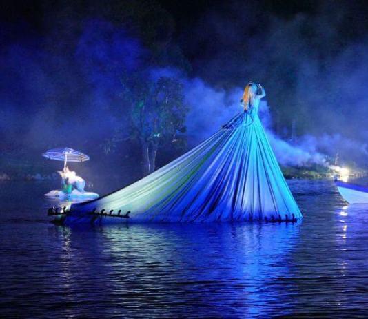 Grand Nocturnal Aquatic Parade, Les Embarques Léry-Poses@Véronique Mollero