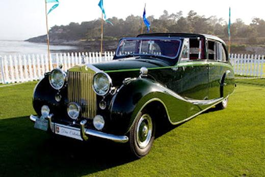"Automobile ""Rolls-Royce"""