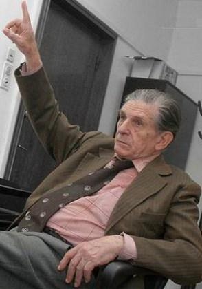 Ion Vova în Redacția Teatru a Societății Române de Radiodifuziune