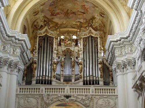 Orga bisericii Mănăstirii Sf. Florian, la care a cântat Anton Bruckner