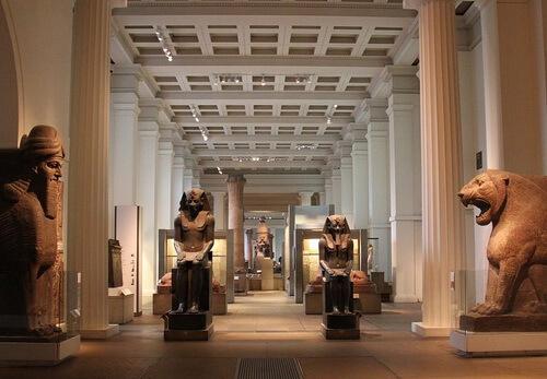 Exponate din British Museum