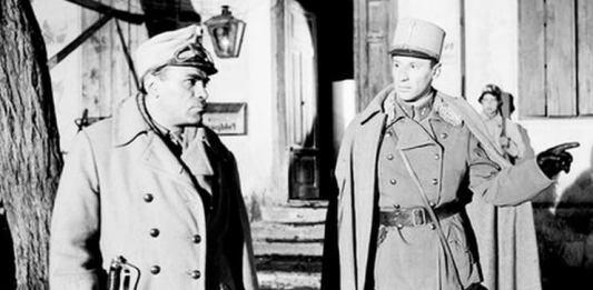 """Liviu Ciulei (Klapka) și Victor Rebengiuc (Apostol Bologa) în filmul """"Pădurea spânzuraților"""""""
