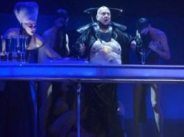 """Imagine din """"Salomeea"""" de Richard Strauss la Opera Israeliană din Tel Aviv. Foto © Yossi Zwecker"""