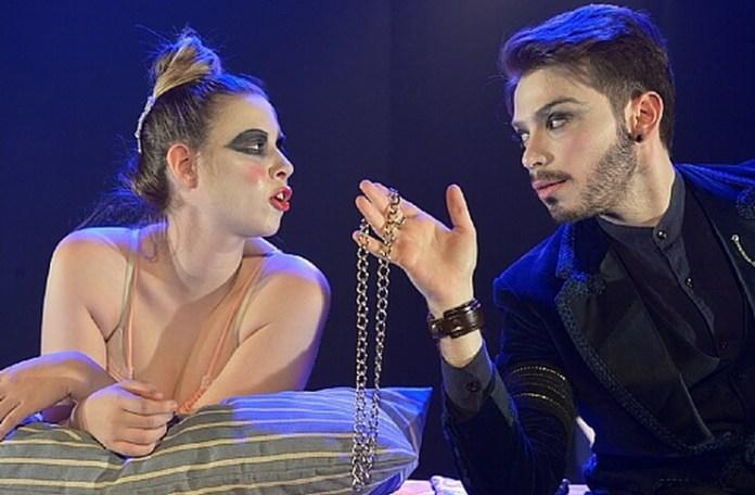 """Imagine din spectacolul """"Ducesa de Malfi"""""""" de John Webster, Școala de teatru Beit Zvi din Tel Aviv"""