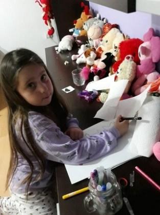 """Miruna-Gabriela Matei, 6 ani, Școala gimnazială """"Ecaterina Teodoroiu"""", Brăila"""