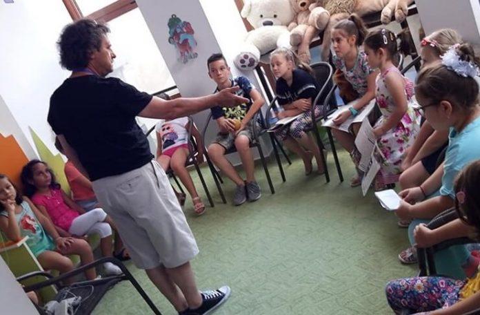 "Lică Barbu și Grupul artistic ""Nino Nino"", Biblioteca Județeană ""Panait Istrati"", Brăila, 25 iulie 2019"