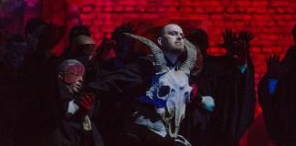 """""""Faust"""". Foto: Sebastian Bucur, Opera Națională București"""