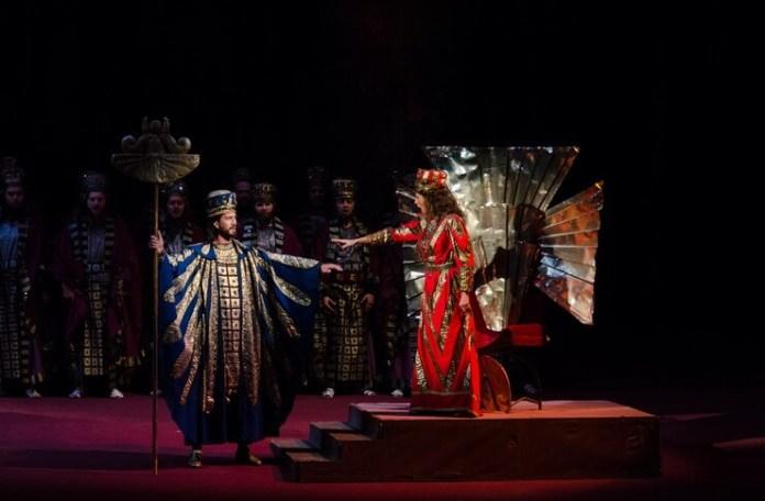 Fotografie de Sebastian Bucur, Opera Națională București