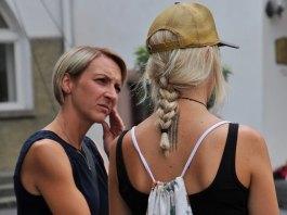 conversatie femei florika waltere