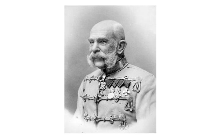 Franz Joseph în uniformă de husar, 1903. Sursa Library of Congress of the USA
