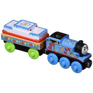 Birthday Thomas Deluxe Set (GGG69) | LeVida Toys