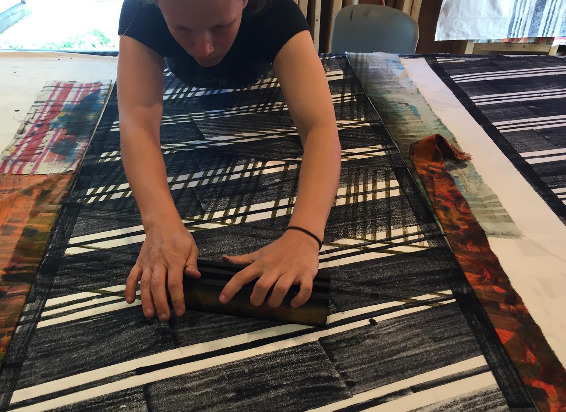 Miriam Dym 2 h-stretchprint-2015