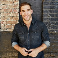 Lewis Howes Author