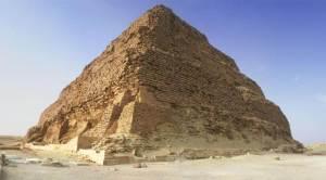 пирамидка Джосера