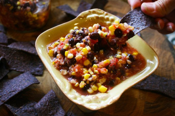 chip dipping salsa