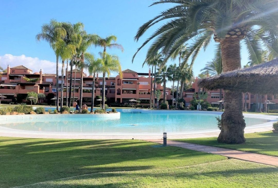 Lex Homes - Alhambra Golf