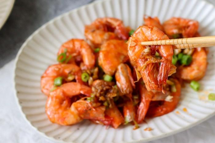 簡易食譜|蒜香奶油蝦,超香超下飯的不敗家常菜,蝦子食譜推薦