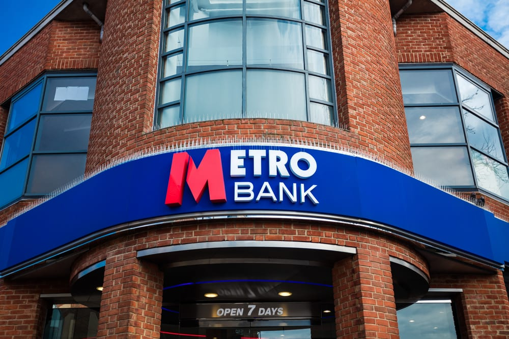 metro bank logo lexlaw litigation solicitors tax winding up bankruptcy professional negligence no win no fee solicitor barrister lawyer london
