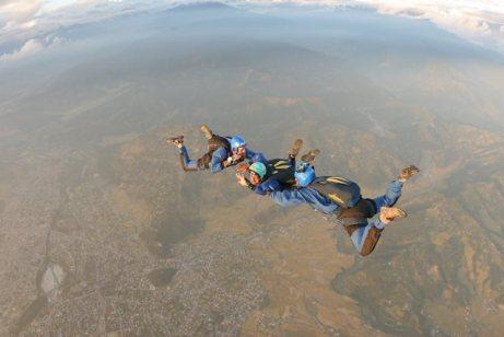 Skydiving in Pokhara For Nrs 35,000!   Lexlimbu