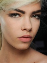 Marc-Jacobs-Spring-2013-beauty-3