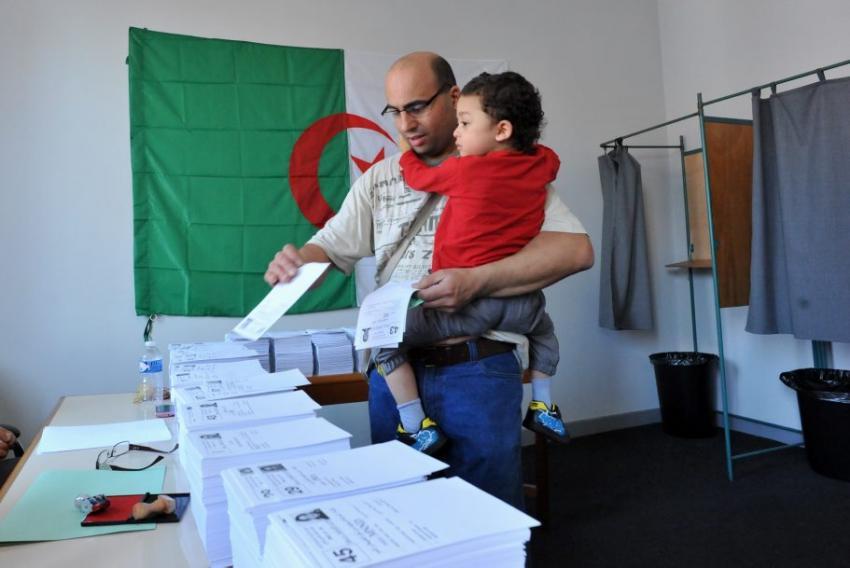 اليوم بدء عمليات التصويت في انتخابات الرئاسة الجزائرية