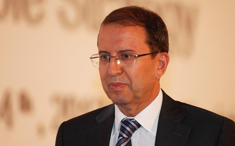"""هشام اللومي: """"250 رجل أعمال يشاركون في المجلس الأعلى للتعاون التونسي الفرنسي"""""""