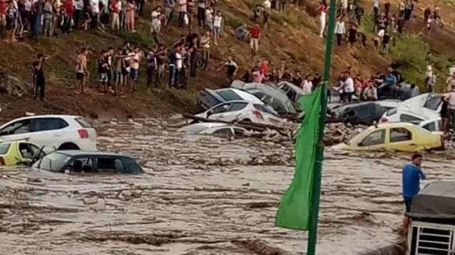 ثلاثة قتلى في فيضانات الجزائر