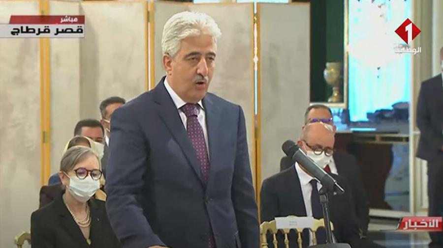 من هو عماد مميش وزير الدفاع؟