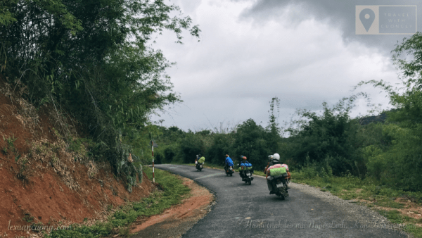 To conquer the Jade Linh Mountain by motorbike from Kon Tum city.