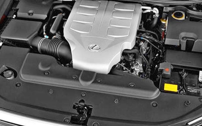Lexus 2019 GX 460 Engine