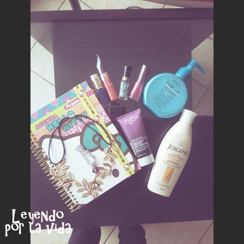 Agenda Hello Kitty - Labial líquido más volumen y textura ligera - Esmaltes loreal y cyzone fucsia in- Máscara h2o - Crema Jergens - Crema para el pelo Loreal.