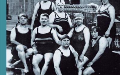 Van water naar theater: 100 jaar theaterzwembad De Regentes