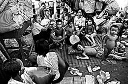 Dans les années 70, la famille Vang Tho a vécu le calvaire des boat-peoples vietnamiens, avant de débarquer en France il y a 38 ans et reconstruire leurs vies.