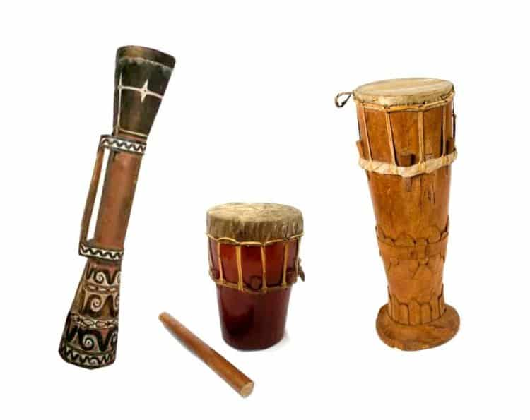Perbedaan Alat Musik Tifa Papua Dan Maluku