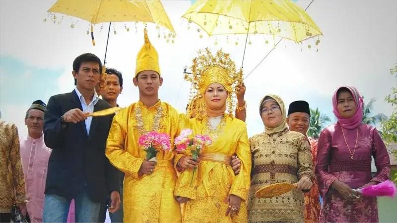 Pakaian Upacara Perkawinan