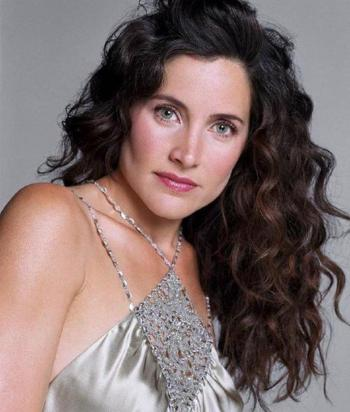 A picture of the character Helena Peabody