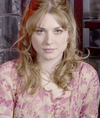 A picture of the character Willa McPherson - Years: 2007, 2008