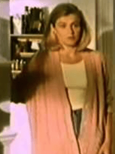 A picture of the character Kate Roberts - Years: 1993, 1994