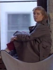 Diane Hampton - A housewife cheating on her husband.