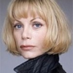Laura Berger - Billi's lesbian therapist. They fall in love.
