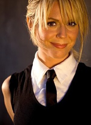 A picture of the character Daisy Robson - Years: 2007