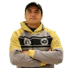 Condors_coach_Gutierrez