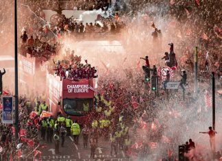 Liverpool Victory Parade Photos
